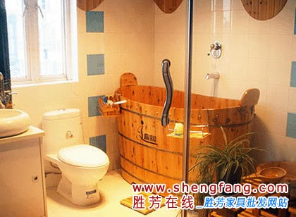 充满乐趣的浴室装修效果图:三角形的浴缸