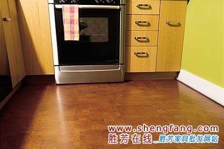 软木地板的保养比其他木地板更简便
