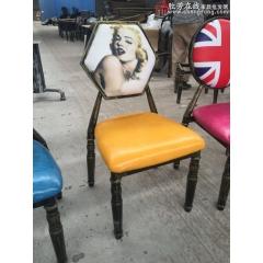 六角椅子 复古餐桌椅 铁制餐椅 酒店椅批酒发软包椅仿木椅黄冠椅主题餐厅椅 中庆德家具优乐娱乐
