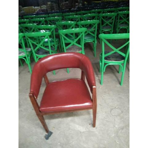 胜芳复古铁艺餐椅批发 太阳椅 牛角椅 A字椅 铁皮椅 叉背椅 围椅 太阳凳 時尚休闲椅 奶茶店咖啡厅椅等系列复古家具 长宏家具