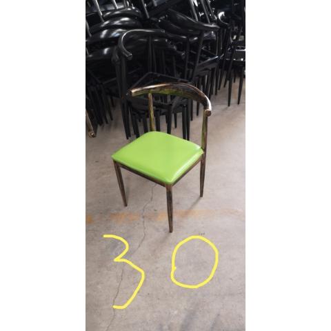 胜芳餐椅批发 牛角椅 太阳椅 A字椅 曲木椅 围椅 咖啡椅 快餐椅 金属椅 铁腿餐椅餐椅 餐厅家具 主题家具 美式复古家具 绍明家具