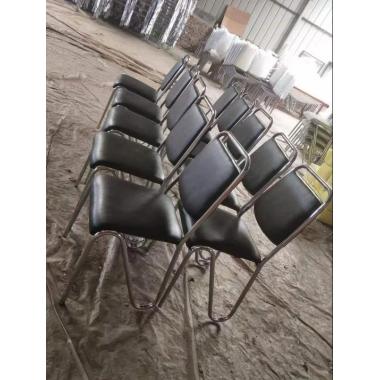 万博Manbetx官网餐椅 铝合金椅 金属椅 铁腿餐椅 不锈钢餐椅 餐厅万博manbetx在线 欧式万博manbetx在线批发 鑫恒顺万博manbetx在线系列