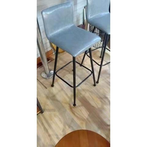 万博Manbetx官网酒吧椅批发 酒吧台椅子 复古美式吧椅 高脚椅凳 KTV前台椅 高脚椅 吧台凳 理发椅 靠背酒吧椅 升降椅 中合盛万博manbetx在线