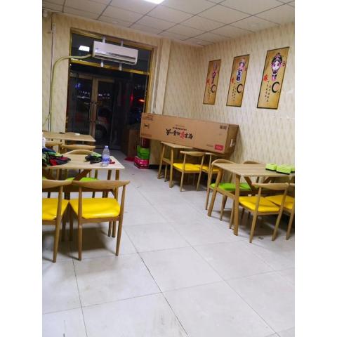 胜芳餐桌餐椅批发 钢木家具 钢木餐桌 钢木餐桌椅 食堂餐桌 饭店餐桌 小吃店餐桌 学校餐桌 钢木家具 酒店家具 餐厨家具  安泰家具