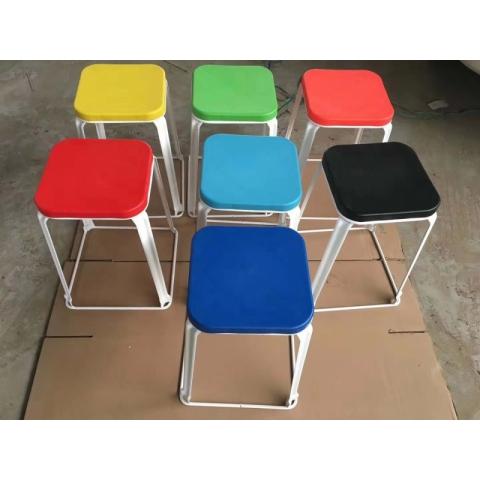 胜芳铁腿凳子批发 三腿凳子 铁质凳子 钢筋凳 套凳 圆凳 简易家具 寰宇家具