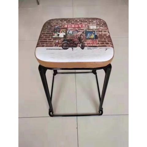 胜芳铁腿凳子批发 三腿凳子 四腿凳子 铁质凳子 钢筋凳 套凳 圆凳 简易家具 冠麟家具