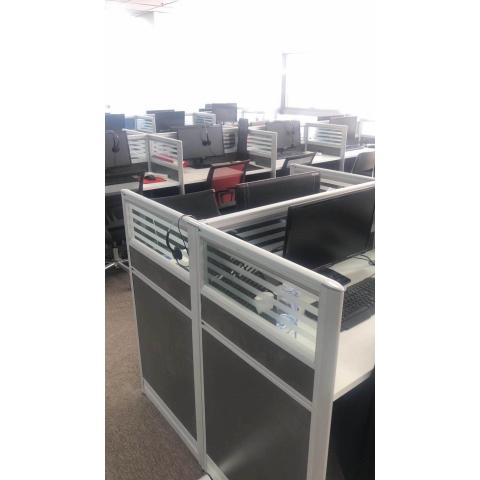 胜芳批发办公桌 办公电脑桌 职员桌 办公桌隔断 办公桌挡板 员工桌 写字台 带抽屉办公桌 办公电脑桌 办公家具 信达家具