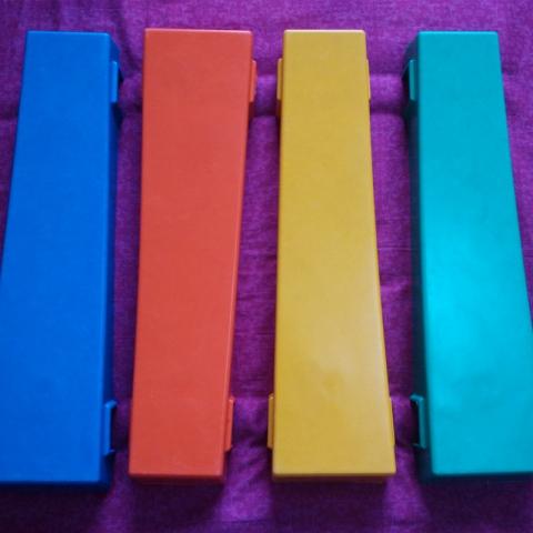 【嘉琪家具】厂家直供玻璃钢彩虹凳条 4种颜色可选:蓝、红、黄、绿
