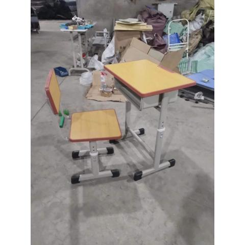 【嘉琪家具】厂家直供课桌椅,现货2000套