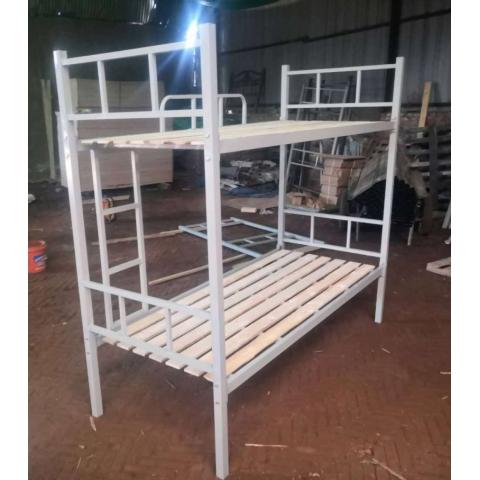 胜芳圆头两折床 折叠床 简易床 上下床  午休床 四折床 单人床 陪护床 铁艺床 竹板床 龙骨床 单人床批发  顺合家具