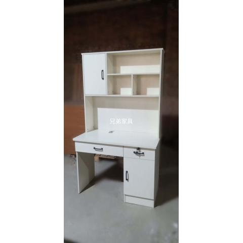 胜芳北欧风实木书桌学习桌儿童课桌带抽屉简约带柜带门简易