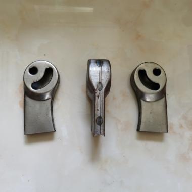 【嘉琪家具】 厂家直供自重回弹排椅焊接或维修配件:普通排椅座椅支架