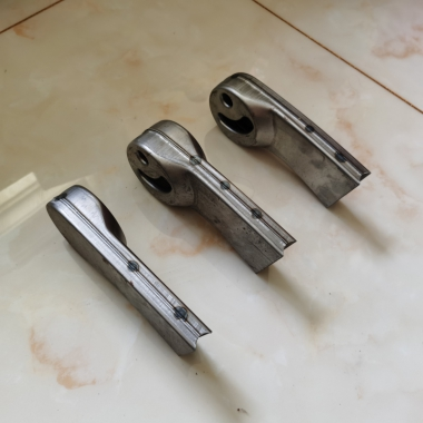 【嘉琪家具】 厂家直供自重回弹排椅焊接或维修配件: 排椅座椅长支架