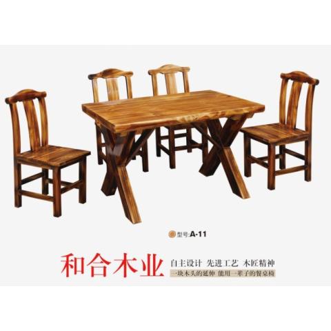 胜芳原生态橡木家具批发橡木餐桌椅 主题酒店桌椅 实木餐桌餐椅批发 桌面 户外实木餐桌椅 原生态酒店家具 酒店家具 和合家具