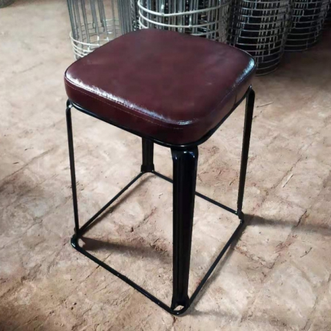 胜芳铁腿凳子批发   钢筋凳,套凳,方凳  北欧凳 软包凳 铁腿凳子 餐桌凳 套凳 凳子家用餐桌凳 铁艺 简约轻奢钢 筋凳 可摞叠凳 网红凳 加厚圆凳双兴家具