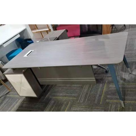 胜芳办公桌批发 实木办公桌 办公台 经理桌 主管桌 大班桌 实木办公桌 办公家具 智云家具
