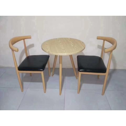胜芳餐椅批发 牛角椅 太阳椅 A字椅 曲木椅 围椅 咖啡椅 快餐椅 金属椅 铁腿餐椅餐椅 餐厅家具 主题家具 美式复古家具 东顺家具