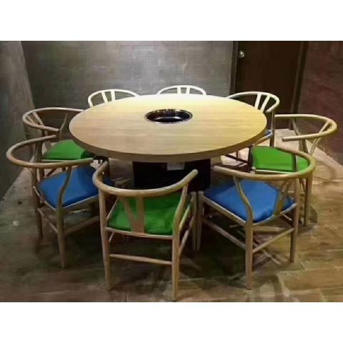 胜芳餐桌餐椅批发 复古餐桌  钢木餐桌 钢木餐桌椅 食堂餐桌 饭店餐桌 小吃店餐桌 学校餐桌 钢木家具 酒店家具 餐厨家具 强大家具
